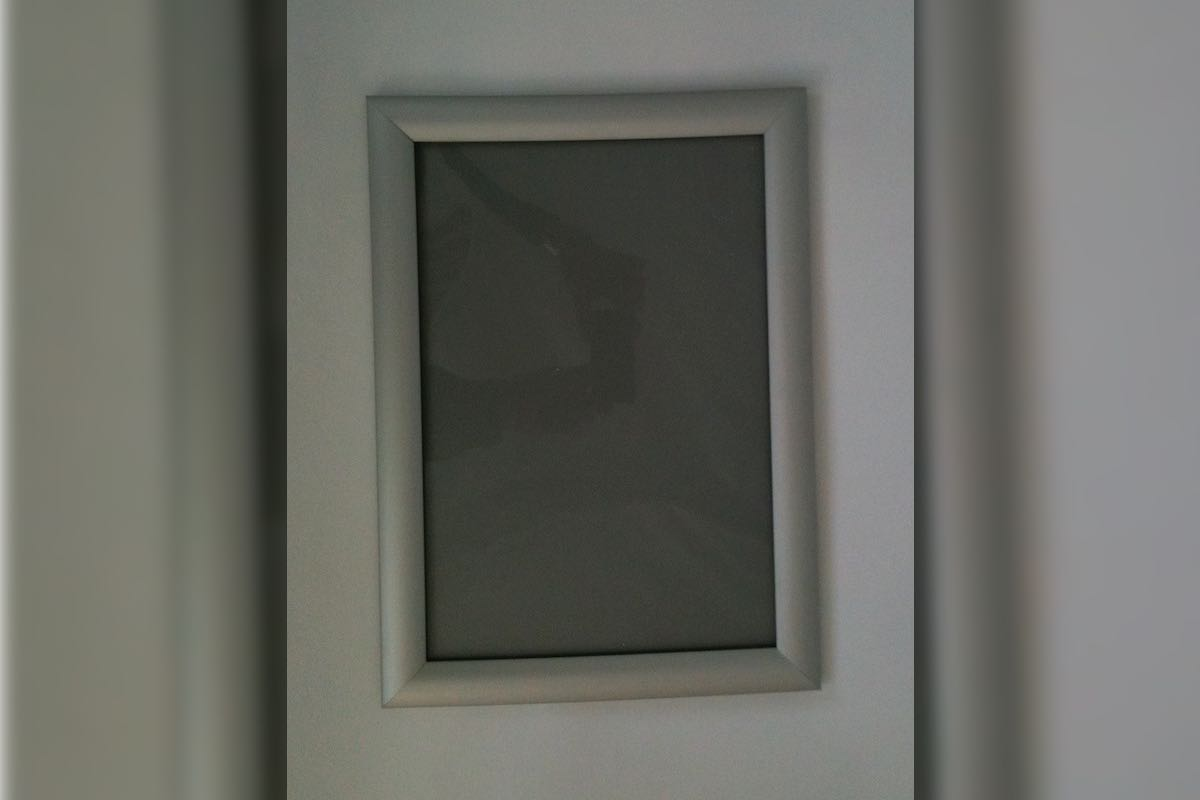 clip-frame-sample