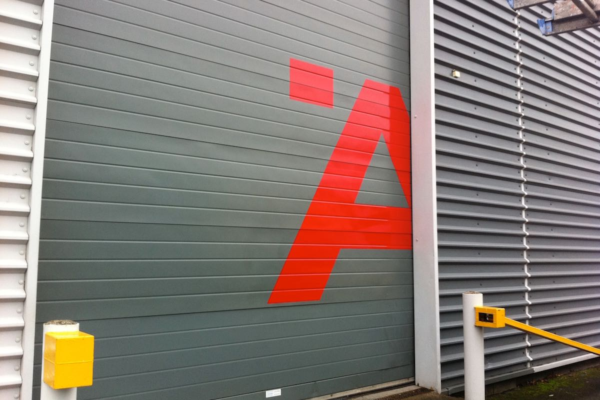 vinyl-graphics-on-shutters